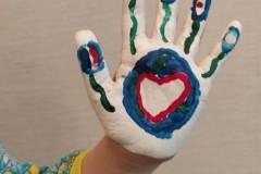 059_Косолапенко Евгений, 5 лет  Детский сад № 24, Тепло сердец объединяет нас